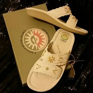 Women's sandals Earth Spirit size 8.5